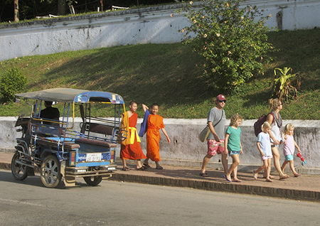 Laos Family Tour